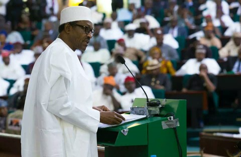 Massive Jubilation In Kwara As Residents Receive Alert Of Buhari's N5000 Stipend