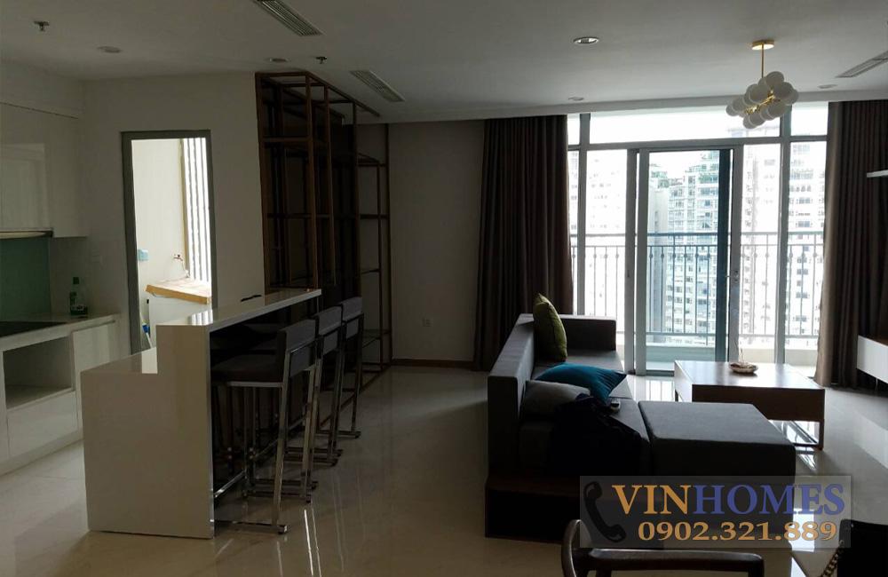 Bán căn hộ 3PN tòa nhà The Central 3 - phòng khách view bancong