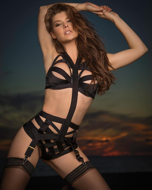 Amanda-Cerny-hottest-and-sexiest-Instagram-Photo