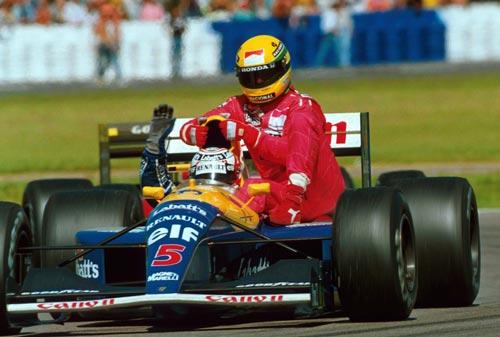 9c155d49de A inesquecível carona de Mansell a Senna após a vitória em Silverstone.  Ayrton ...