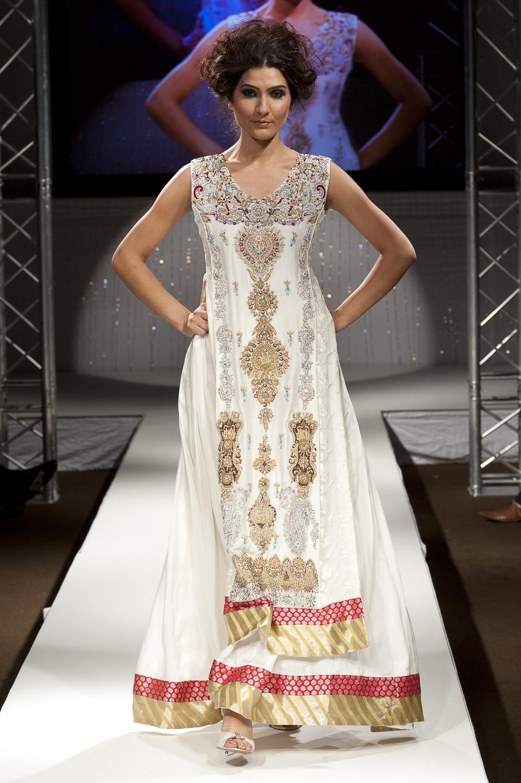 Pakistani Wedding Dresses In Off White