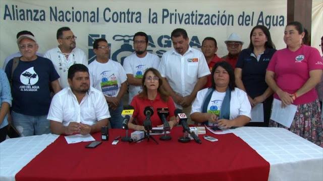 En El Salvador se manifiestan ante posible privatización del agua