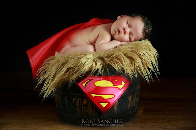 Bebê recém-nascido - fotos em estúdio