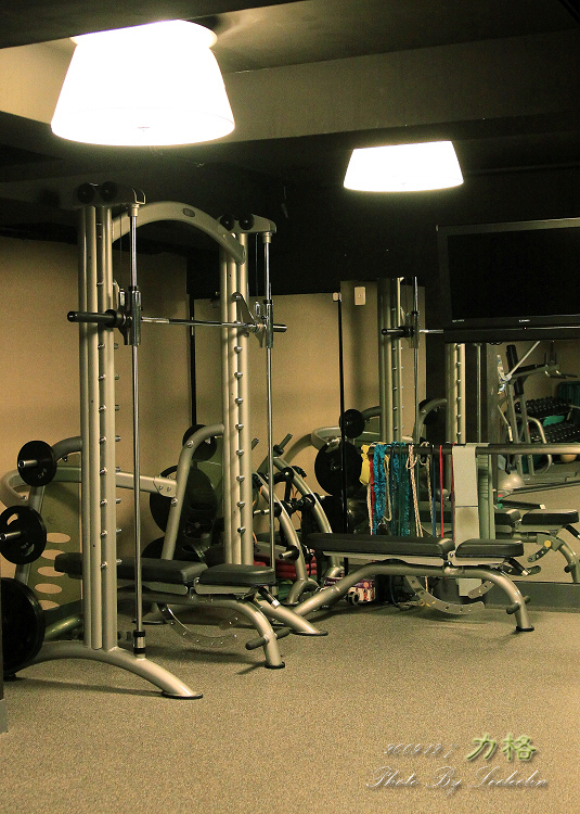 格運動健護中心|捷運台北小巨蛋站|健身房