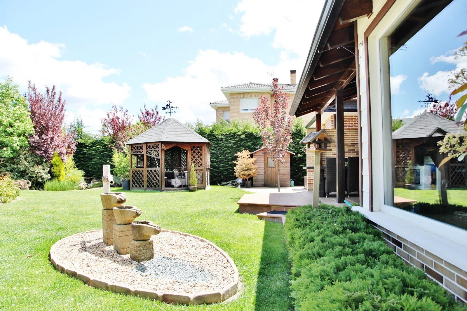 casas de diseno en venta madrid  Las Casas de los Arquitectos