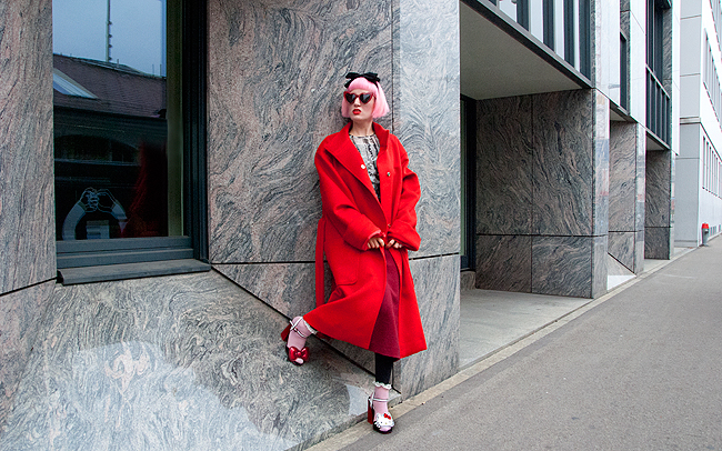 M.Luna, red coat, Swiss fashion