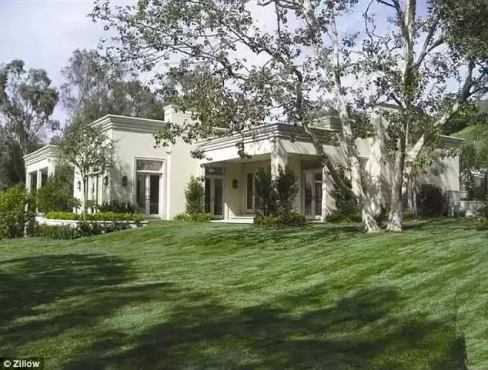 Photos: See Katy Perry's new $19million California mansion