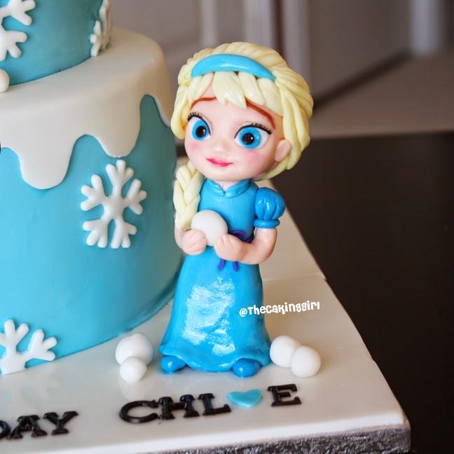 Elsa Figurine Cake Topper
