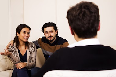 Especialista o psicólogo para la atención en parejas