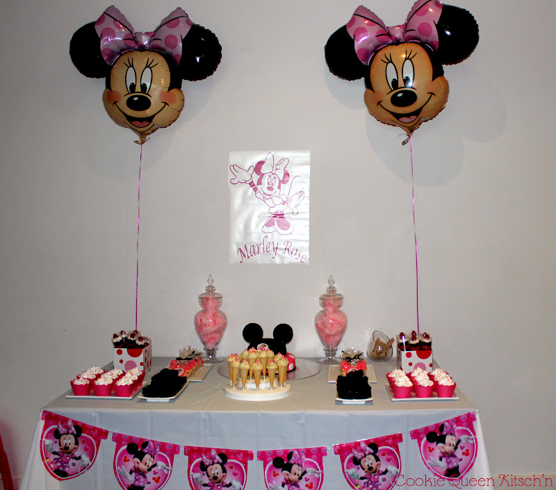 Minnie Mouse First Birthday Party Via Little Wish Parties: Cookie Queen Kitsch'n: Minnie Mouse Dessert Table & Party