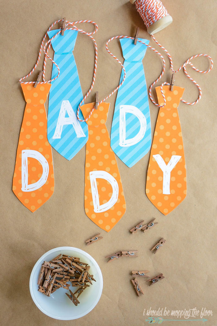 Free Printable Father's Day Banner | Download this cute tie banner for a festive Father's Day!