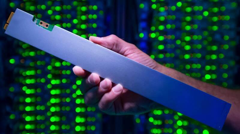 Intel's Latest 32TB SSD 'Ruler'