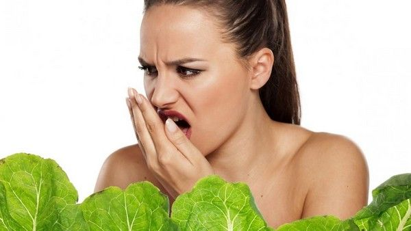 apple, lettuce, bad breath