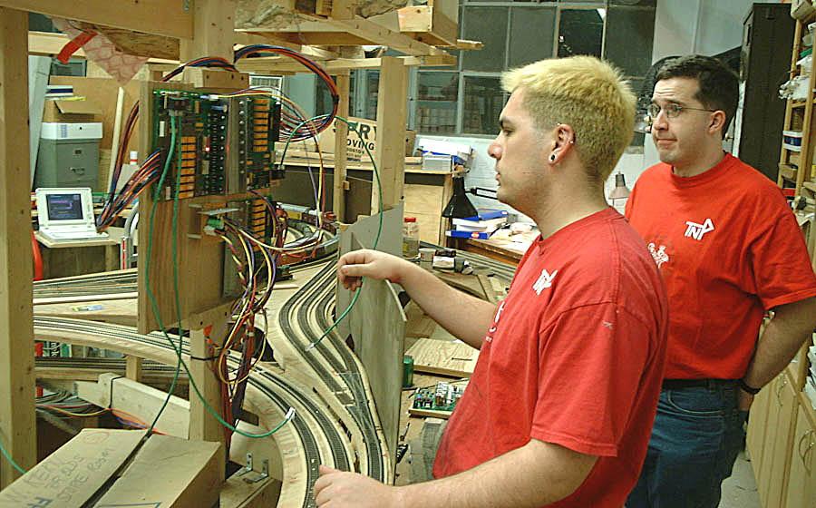 Tremendous Model Railway Dcc Wiring Basic Electronics Wiring Diagram Wiring 101 Orsalhahutechinfo