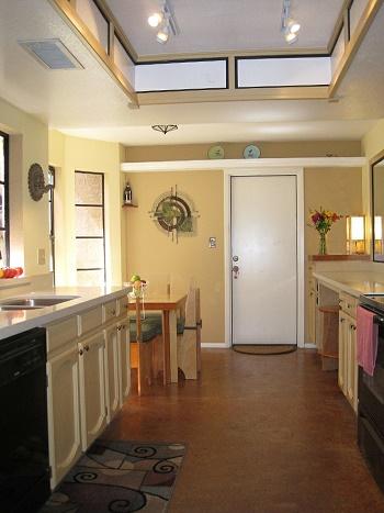 10 acogedoras cocinas colores en casa for Cocinas acogedoras
