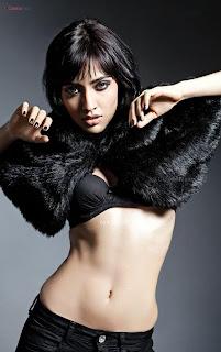 Smiling Beauty Neha Sharma ~ .Xyz Gallery Pics (6)
