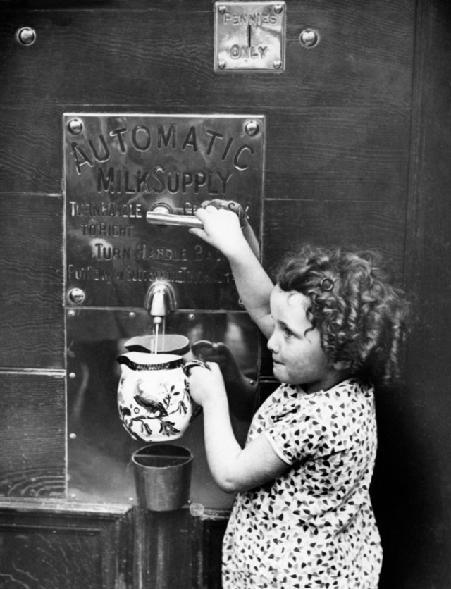 30 Weird Old Timey Vending Machines For Everyday Essential