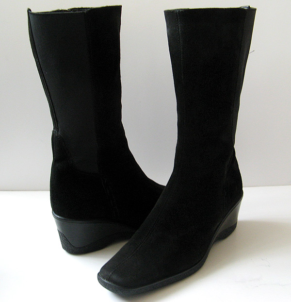 Aquatalia Black Suede Tall Boots Womens Size 9 5