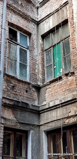 Warszawa Warsaw architektura kamienica opuszczone ulica praskie klimaty