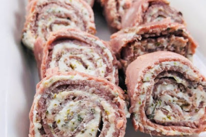 LOW-CARB ROAST BEEF ROLL-UPS WITH HERB CREAM CHEESE