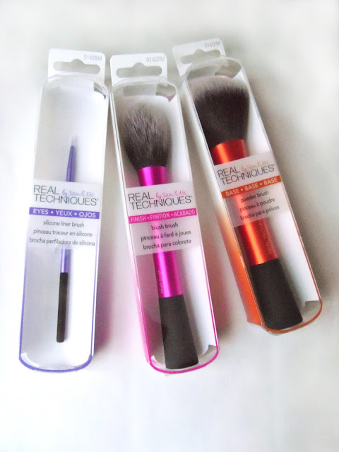 Real techniques brushes silicone liner brush, powder brush, blush brush