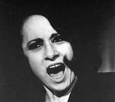 Carolina Mignone, la cantante Milly | Storia artistica di Milano e d'Italia