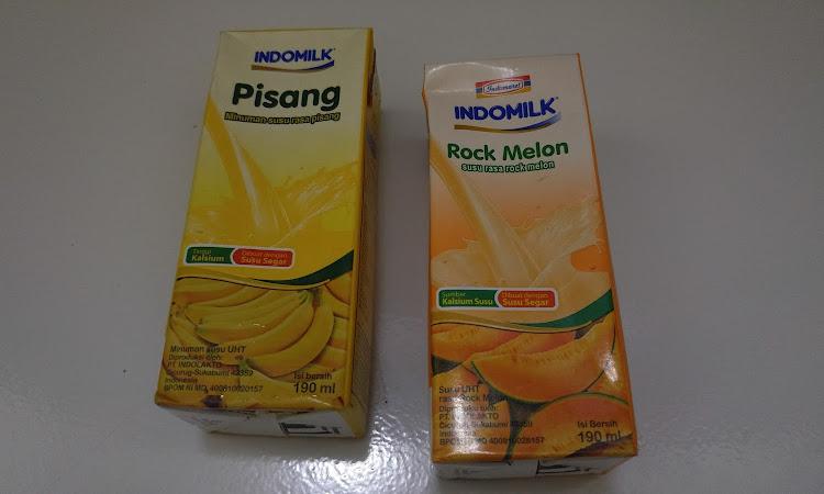 Mencoba Minuman Susu UHT dari Indomilk dengan Rasa Pisang dan Rock Melon