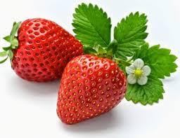 Merawat kesehatan mata dengan buah strawberry