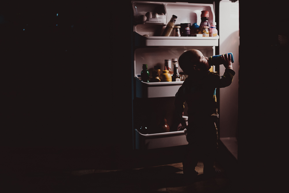creative-lighting-fridge-photography