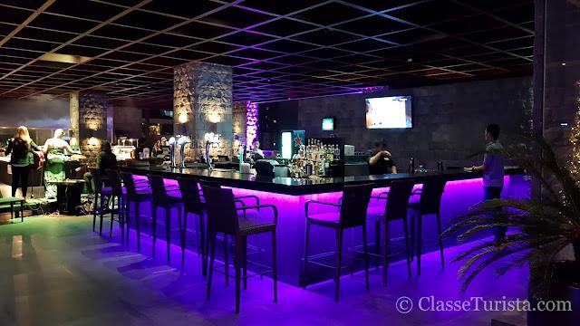 Rooftop Bar no City Garden Grand Hotel, Makati