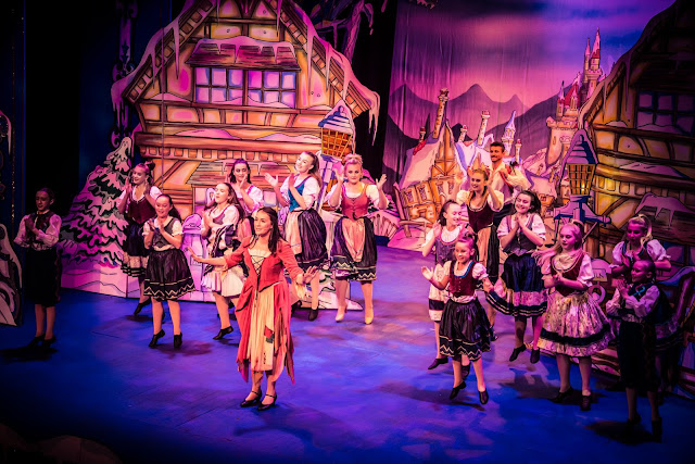 Cinderella at Tyne Theatre & Opera House, Newcastle review