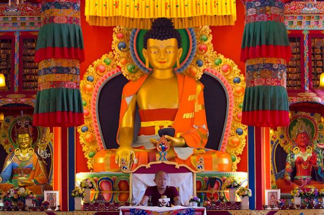 """Resultado de imagem para budismo tibetano """"aum magic"""""""
