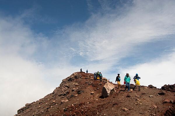 7 hal bahaya saat turun gunung - Foto Jaenal Jalalludin