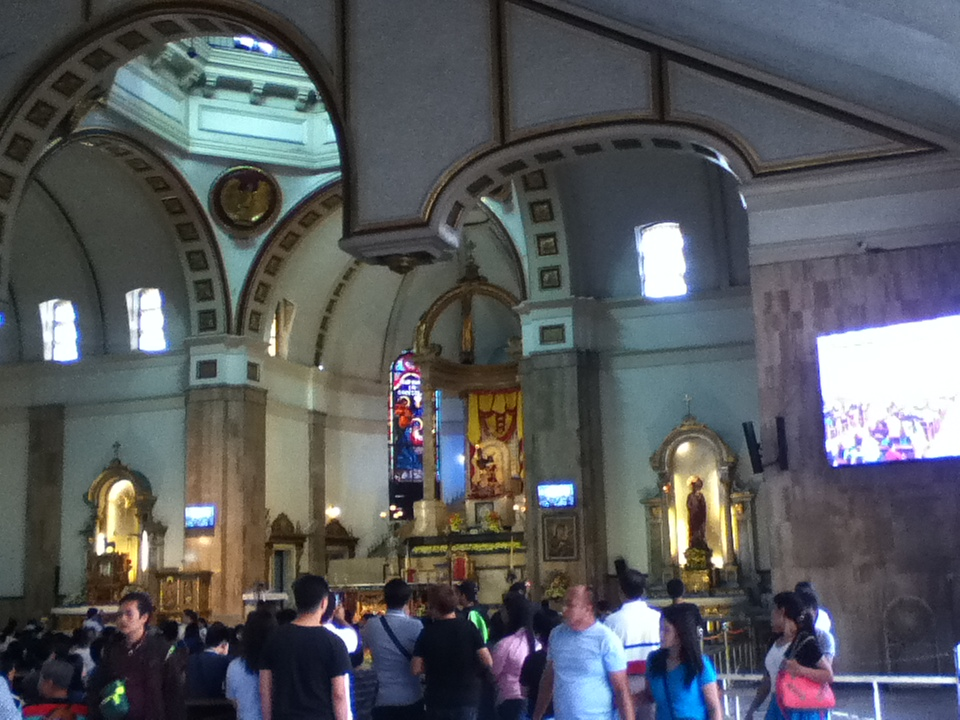 Inside Quiapo church on a Sunday