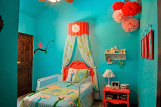 Dormitorio juvenil color coral