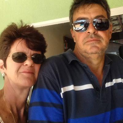 foto-dos-pais-da-atriz-camila-queiroz