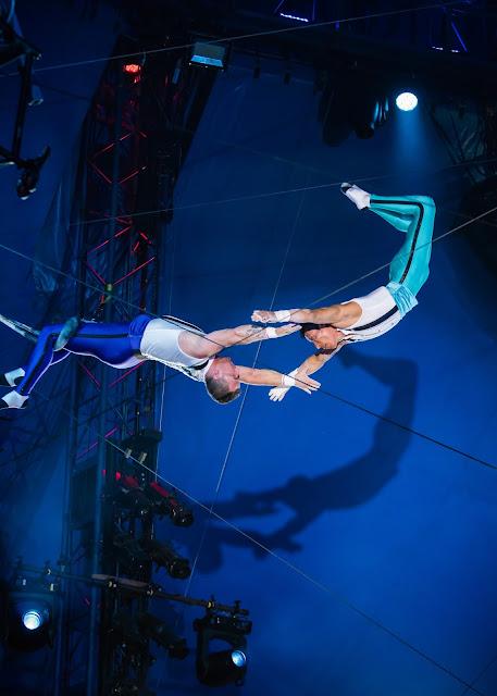 The Flying Tunizianis, trapeze performers, Philadelphia Mills Mall, Philadelphia events