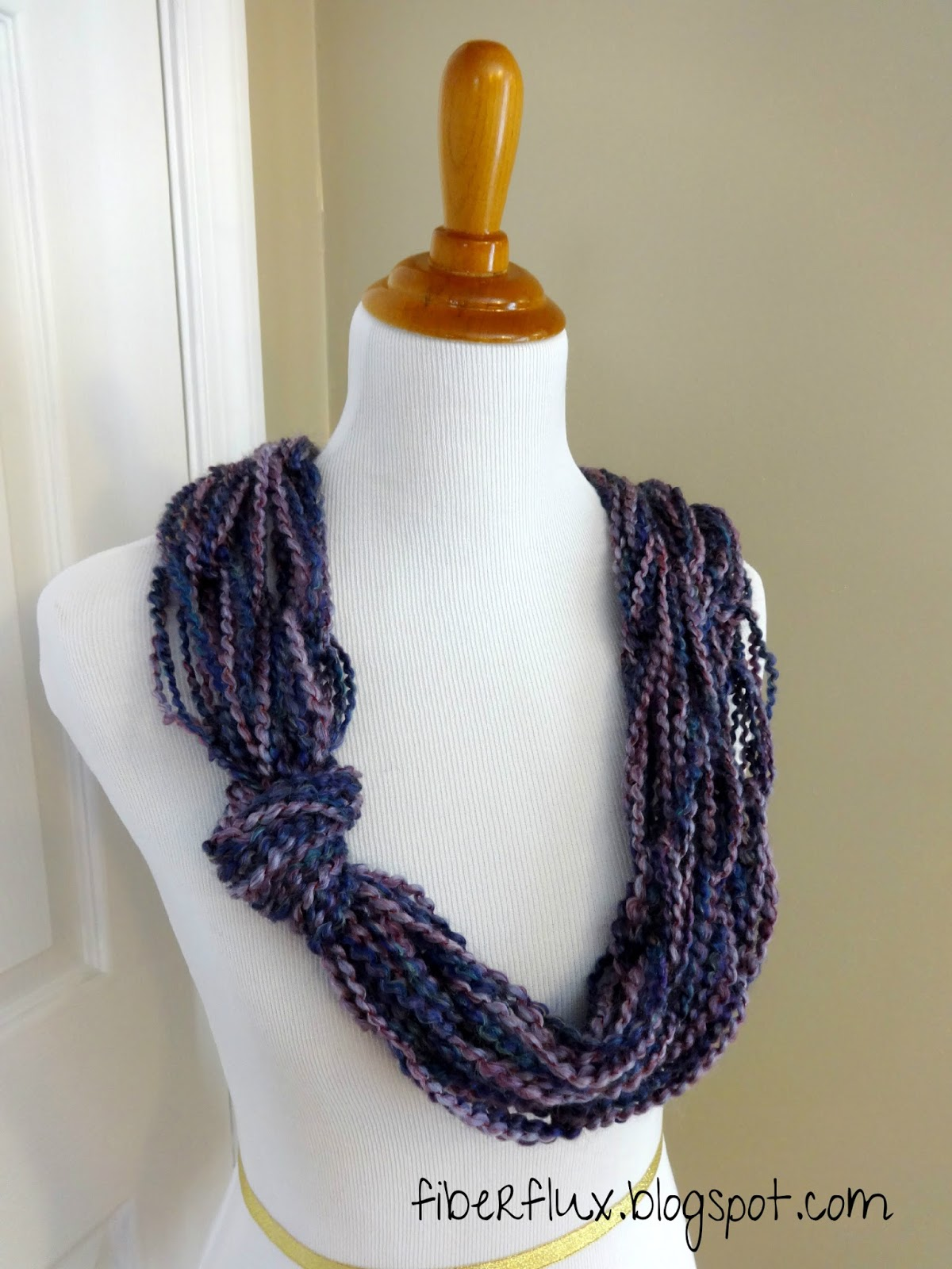 Fiber Flux: Free Knitting Pattern...Arm Knit Knotted Cowl!