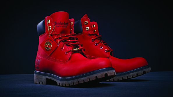 Timberland embossed logo   debossed Maple Leaf on the heel of the boot •  Special limited release packaging with red maple leaf tree logo and paper  in the ... 3e735efe8611