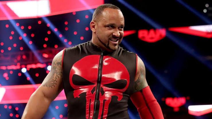 MVP está negociando contrato de vários anos com a WWE
