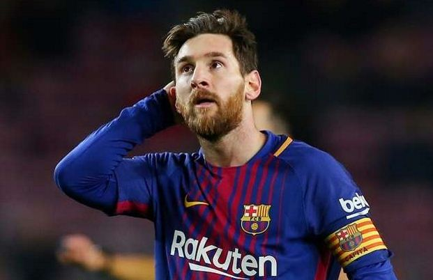 messi reacts to iniesta farewell