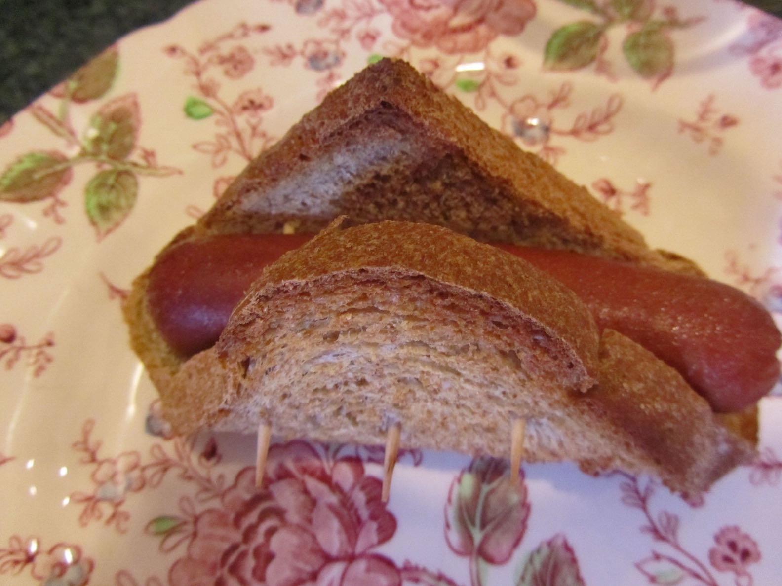 toasted hot dog wraps using slices of