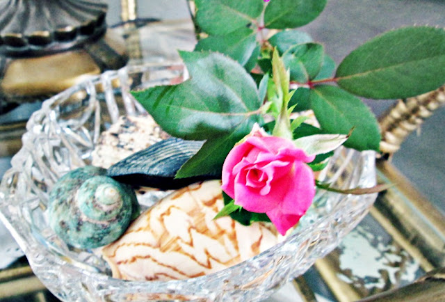 decorating with shells, crystal, roses, summer, tea cart, decor
