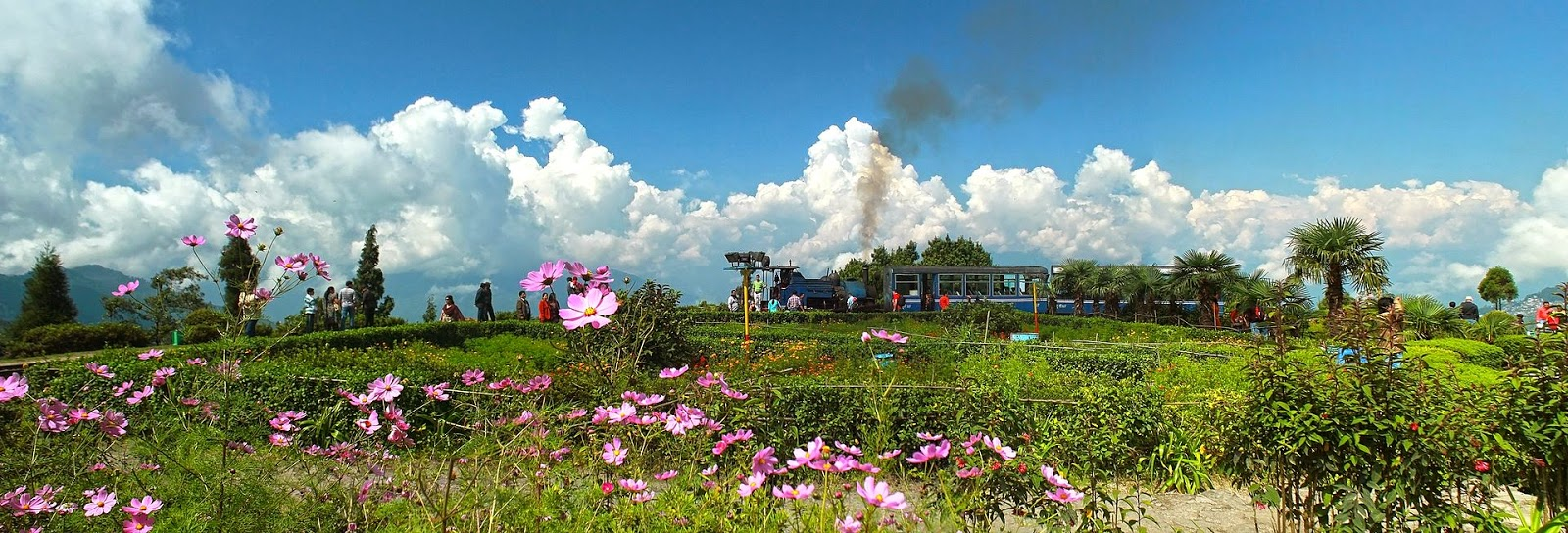 10 Best Backpacking Destinations in India | Batasia Loop, Indian Railways
