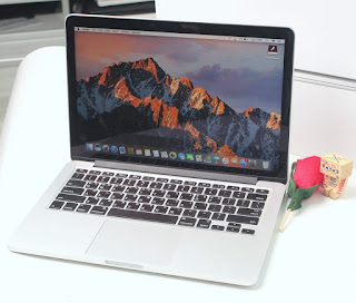 Jual Macbook Pro Retina 13 i5 Early 2015