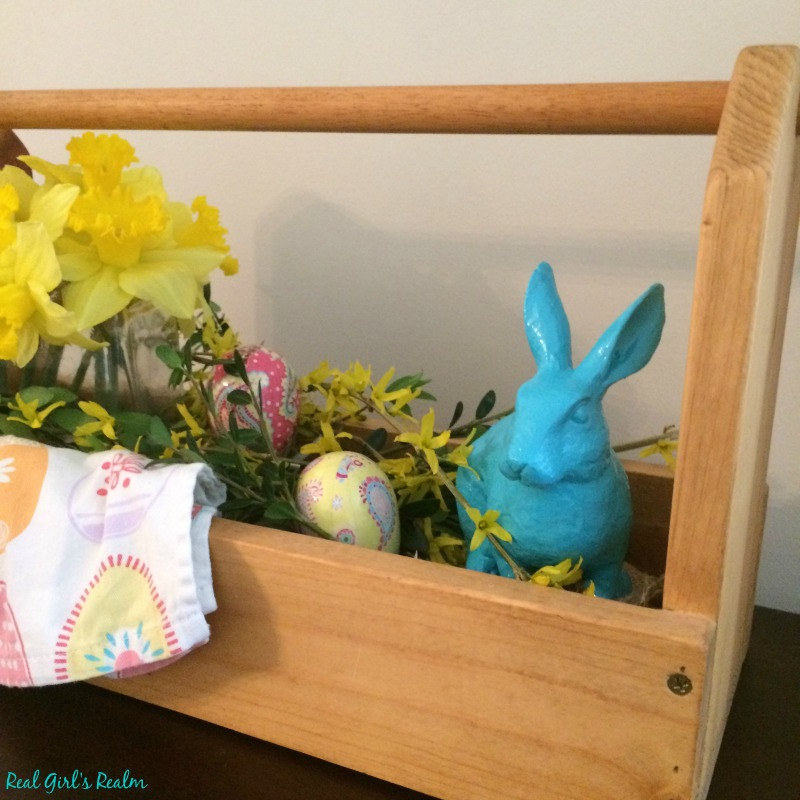 Real Girls Realm Easter Decor And A Wooden Tool Box Centerpiece