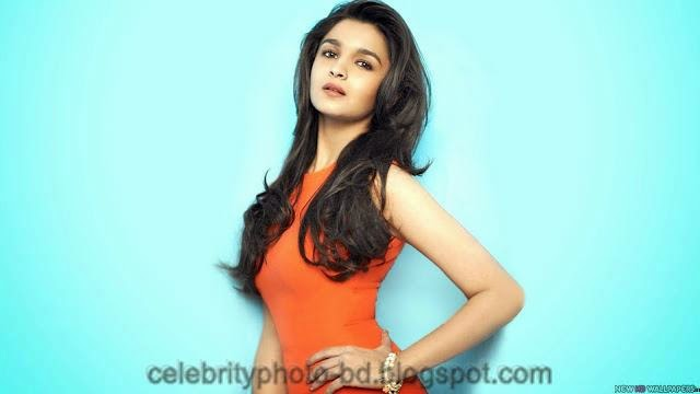 Most Beautiful Young Alia Bhatt's Stylish Wallpaper And Photos Collection 2014