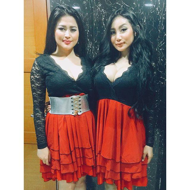 Image Result For Duo Serigala Pamela Dan Ovie Foto Seksi Terbaru