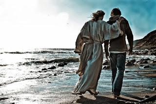O Senhor esta comigo entre aqueles que me ajudam.