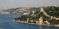 The waterfront in Istanbul, which could by 2100 be paying $10bn annually to withstand coastal climate damage. (Image Credit: Selçuk Bağrışen of Turkish Wikipedia via Wikipedia Commons) Click to Enlarge.